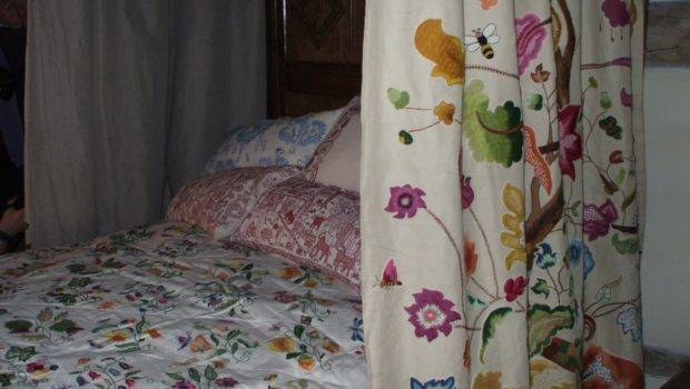 After Four Years Stitching Crewel Work Bed Hangings Bedcover