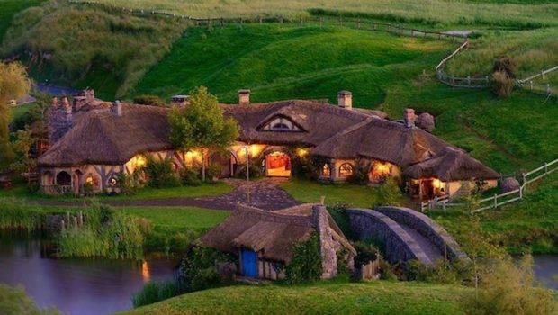 Amazing Hobbit House Architecture Interior Design