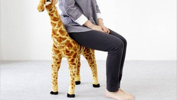 Animal Stool Nice Giraffe Scratch Kwang Soo