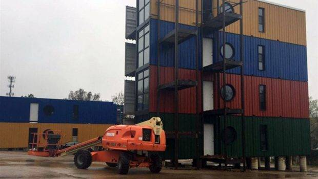 Apartments Students Start Shipping Containers