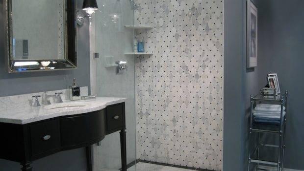 Arrow Keys More Bathrooms Swipe