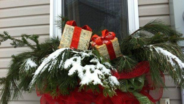 Awesome Christmas Window Cor Ideas Digsdigs