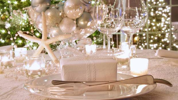Beautiful Elegant Christmas Dining Room Decorations