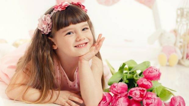Beautiful Little Girl Flowers Toys