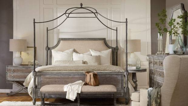 Bedroom True Vintage King Fabric Upholstered Canopy Bed