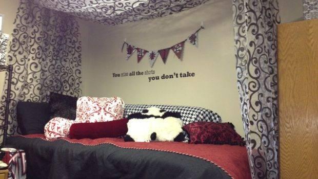 Beds Bedroom Decorations Modern Curtain Design