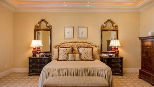 Best Victorian Bedroom Yellow Walls Design Ideas