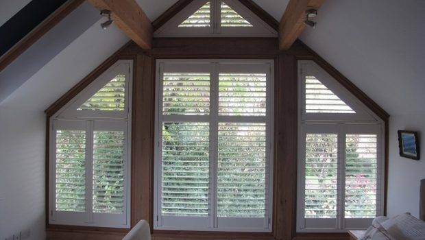 Blinds Triangle Windows Electric Roller