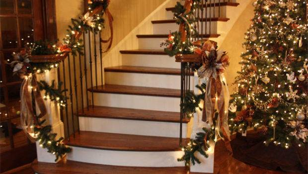 Breathtaking Christmas Garland Decorating Ideas Random Talks