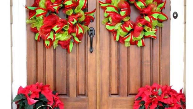 Christmas Decor Outside House Duke Manor Farm