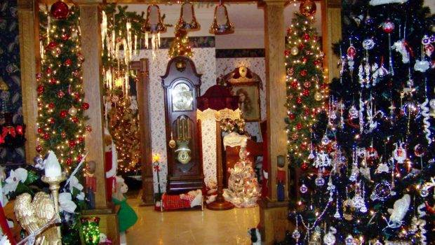 Christmas House Decorations Inside Happy Holidays