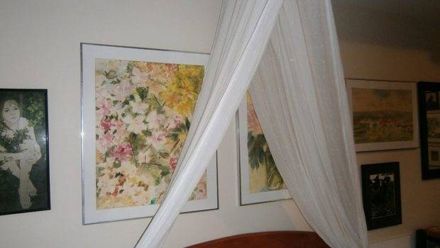 Curtain Over Bed Shabby Chic Decorating Pinterest