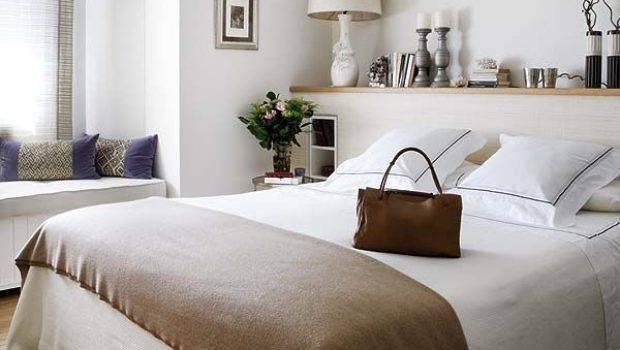 Decorate Space Above Bed Furnish Burnish