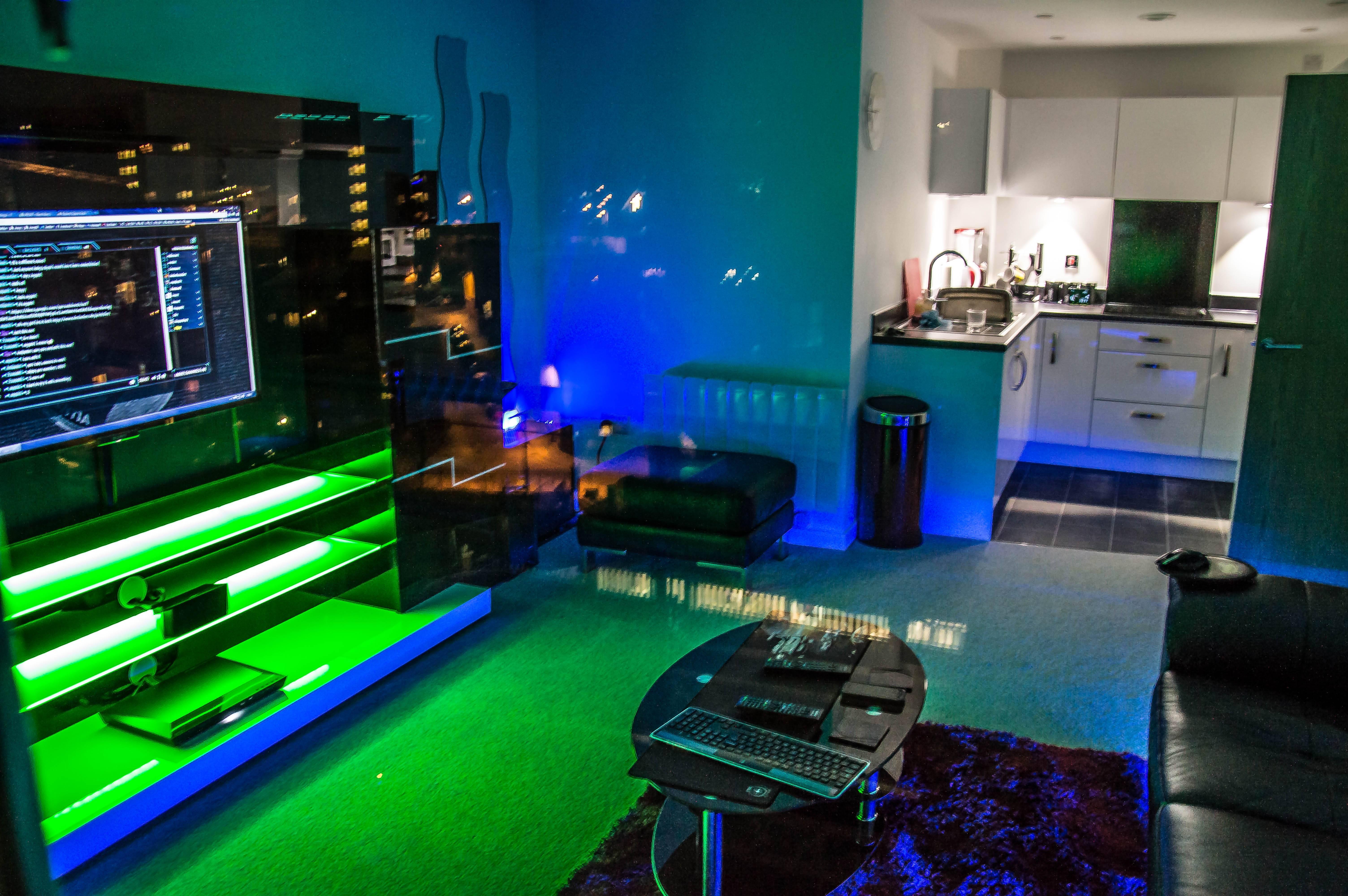 Displaying Cool Bedrooms Gamers - Cute Homes | #80502