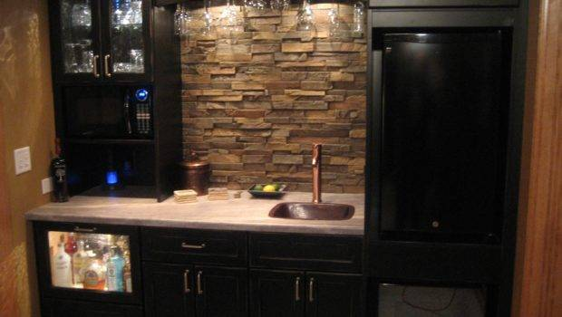 Don Kitchen Creation Packs Lot Utility Into Small Space