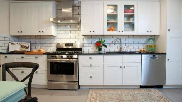 Dress Your Kitchen Style Some White Subway Tiles