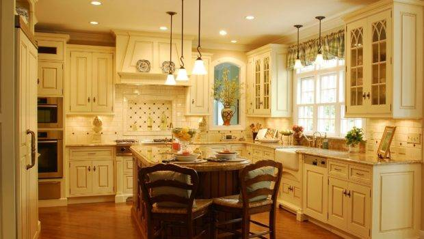 Enduring Style Traditional Kitchen
