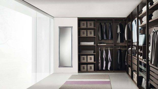 Fabulous Walk Closets Make Your Mornings Lot More