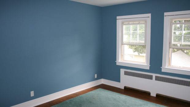 Fantasy Home Blue Accent Wall