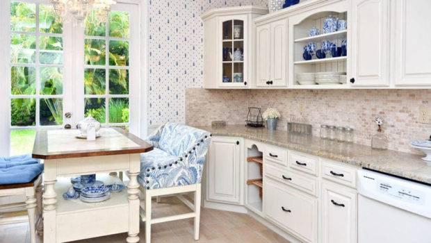 Gorgeous White Country Kitchens Designing Idea