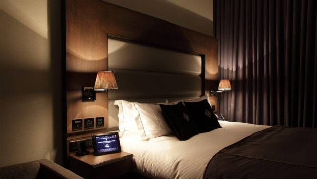 High Tech Room Hotel Suite Bedroom Sfo Pinterest