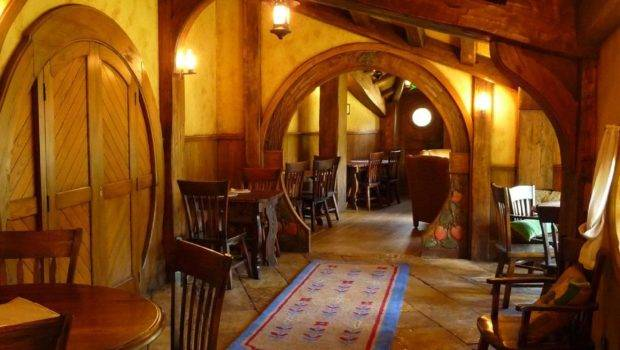 Hobbit House Set Photos