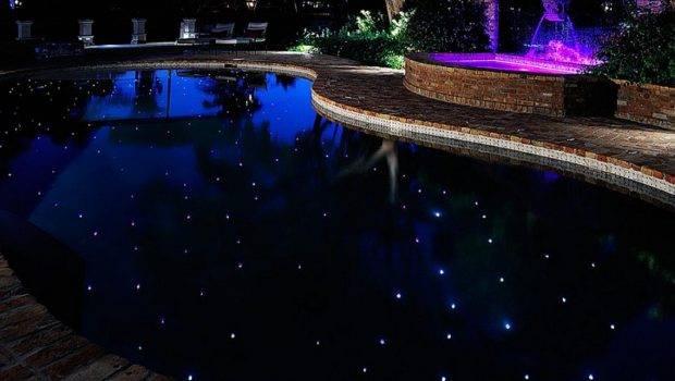 Hottest Poolside Landscape Trends Shape Your