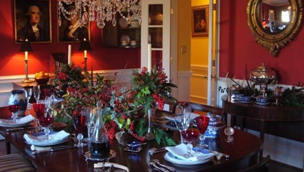 Impressive Elegant Christmas Dining Room Decorations