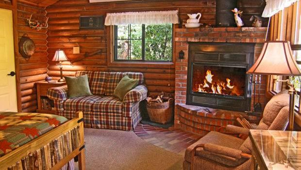 Inspiring Small Log Cabin Living House Plans