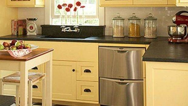 Kitchen Cabinets Designed Small Spaces