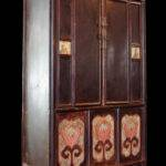 Lacquered Cabinet Lotus