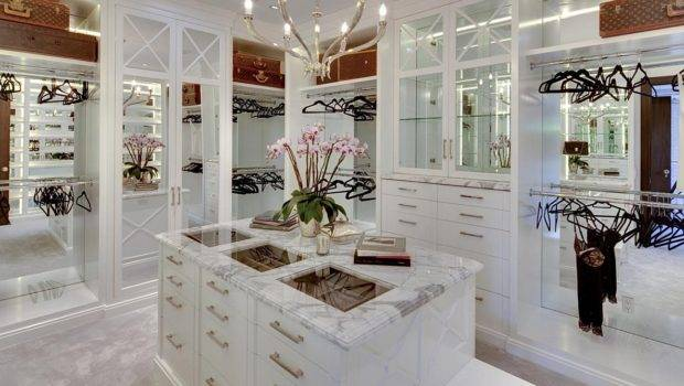 Luxury Walk Closets