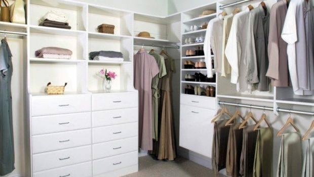 Master Bedroom Closets Multifunctional Design
