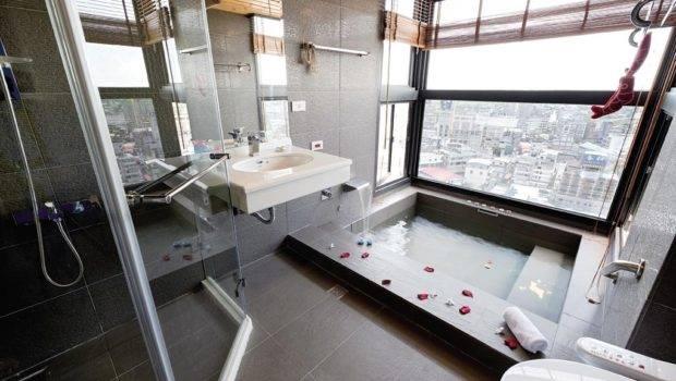 Modern Bathroom Large Tile Interior Design Ideas