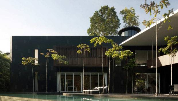 Modern Black White Home Formwerkz Architects