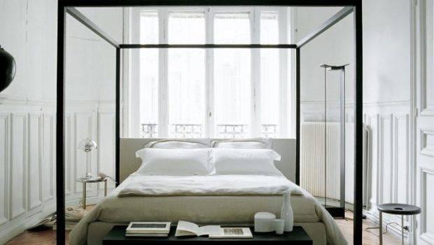 Modern Four Poster Bed Looks Stately Elegant Gorgeous