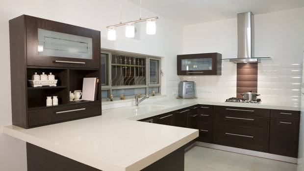 Modern Kitchen Countertop Using Quartz Engineered Stone