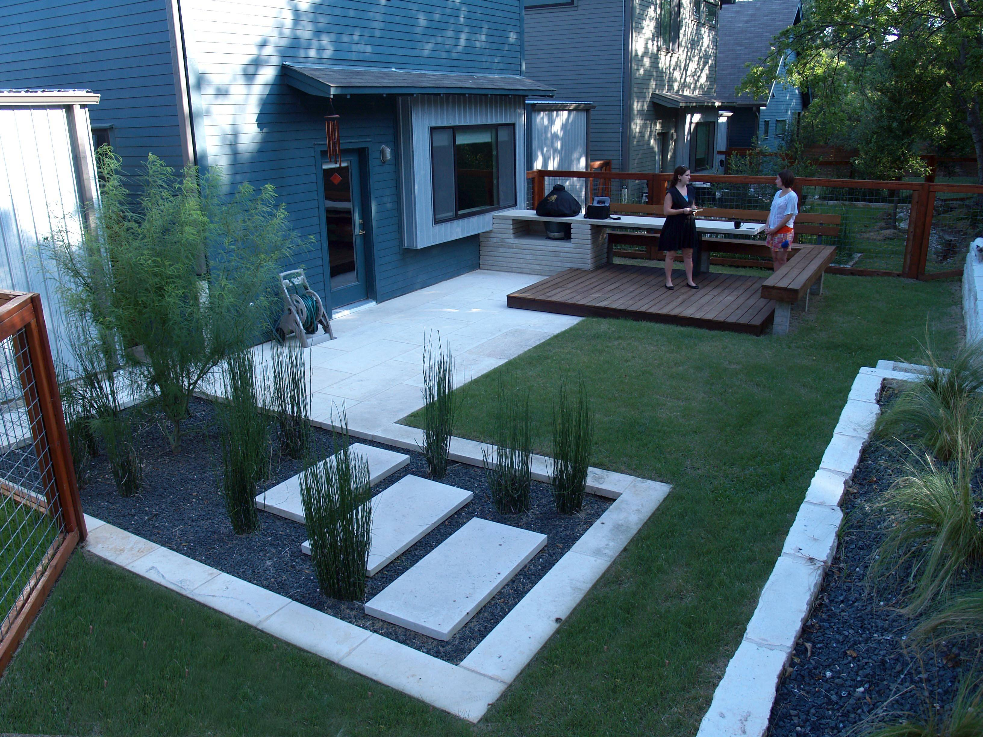 Modern Small Backyard Landscaping Designs Spaces - Cute ...