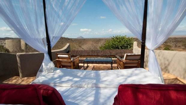 Outdoor Beds Superette