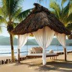 Outdoor Canopy Bed Lomets