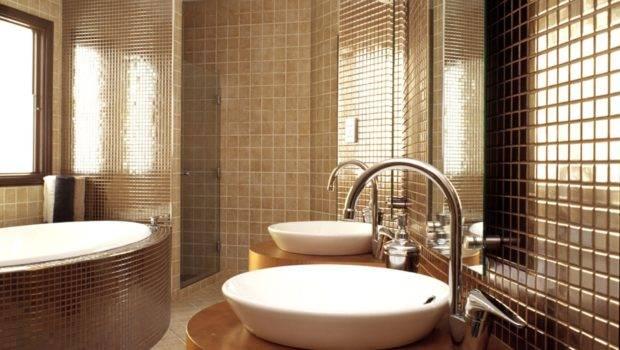 Outstanding Modern Bathroom Interior Design White Porcelain Tub