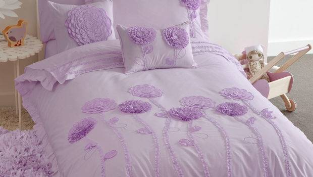 Over Girls Bedroom Themes Kids Bedding Dreams