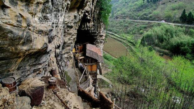 People Living Rock Mountains World Folklore
