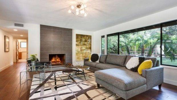 Ranch Incorporates Lot Mid Century Design Into Its Living Room