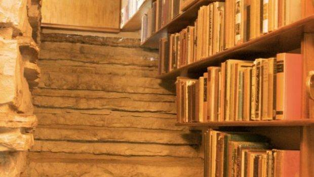 Shelves Unusual Places Inspiring Examples