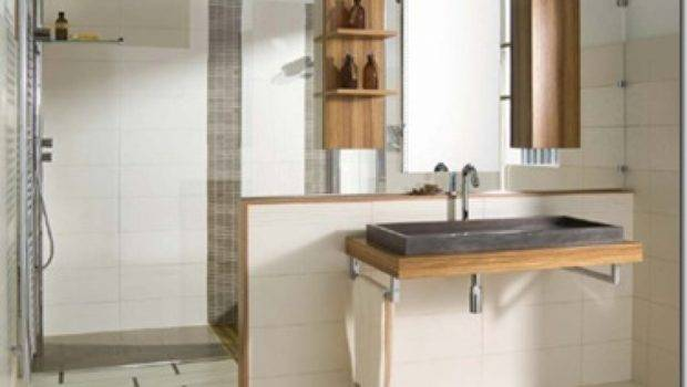 Simple Italian Bathroom Design