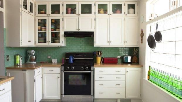 Simple Kitchen Decor