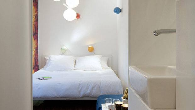 Sleeping Around Shipping Container Hotel Always Move