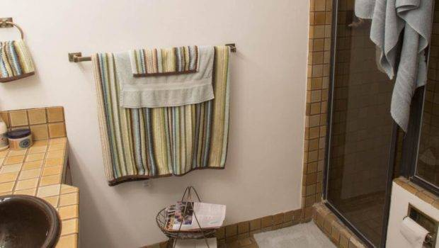 Small Bathroom Before Afters Hgtv