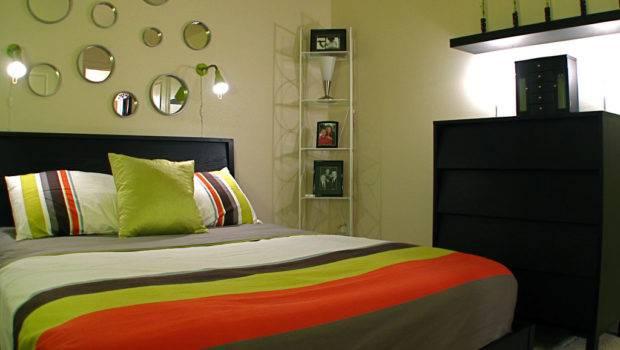 Small Bedroom Decorating Ideas Common Man Decor Decodir